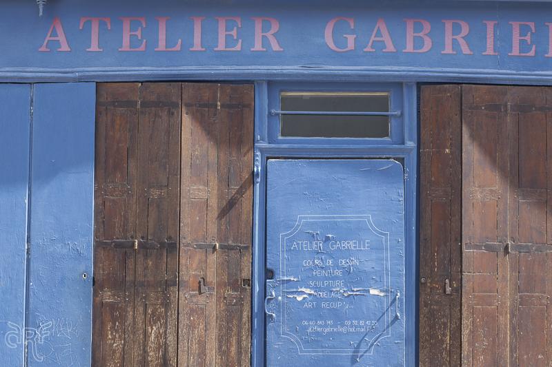travel shop facades of paris dani lle roeleveld. Black Bedroom Furniture Sets. Home Design Ideas