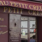 Travel: shop facades of Paris