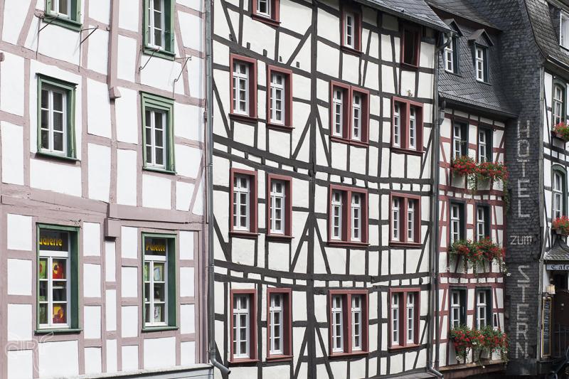 facades-Monschau.jpg