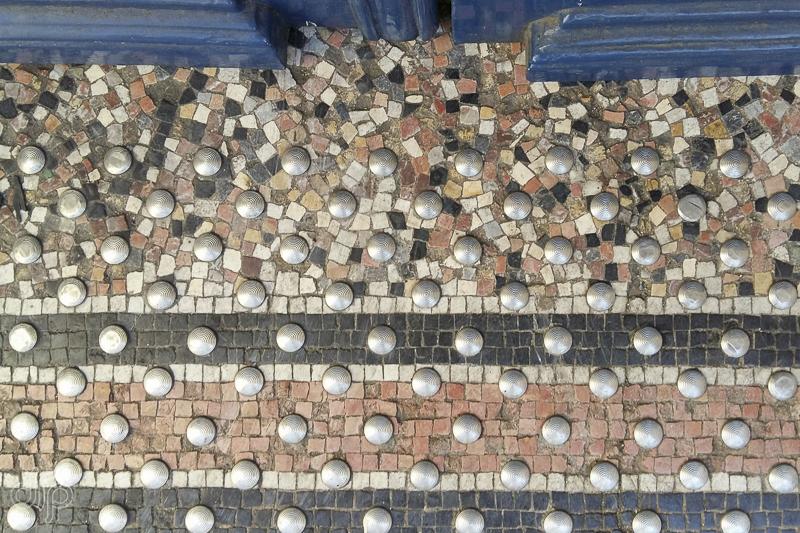 Sidewalk pattern in Paris, France