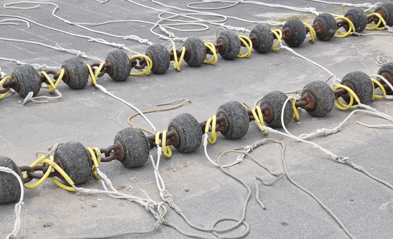 rows-of-balls-and-ropes.jpg